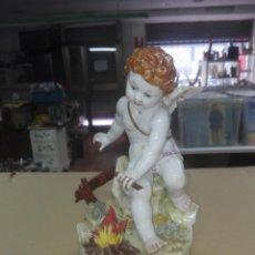 Antigüedades: FIGURA ANGEL ALGORA AMORCILLO PORCELANA ALEGORÍA INVIERNO. Lote 202431961