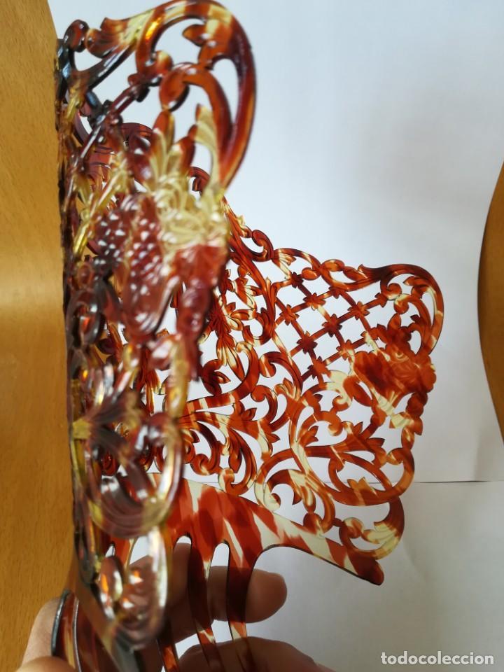 Antigüedades: Preciosa Peineta teja símil carey artesanal años 50 - Foto 10 - 202544980