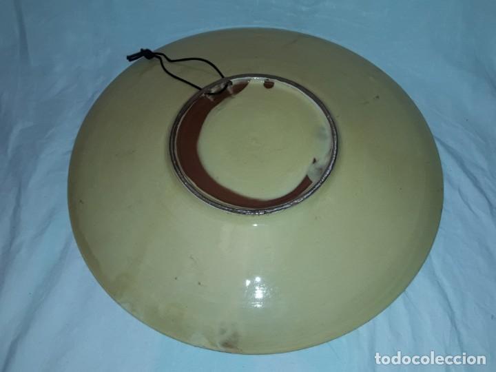 Antigüedades: Bello gran plato de cerámica vidriada hecho y pintado a mano mandala 35cm - Foto 6 - 202573923