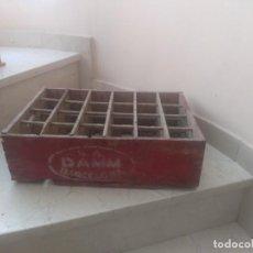 Antigüedades: ANTIGUA CAJA CERVEZA DAMM BARCELONA. Lote 202692582