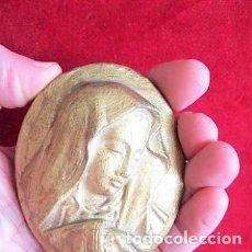 Antigüedades: PLAQUÉ DE CALAMINA ACABADO EN ORO ROSTRO DE LA VIRGEN PARA COLGAR, MARCADO DEPOSE. Lote 171487299
