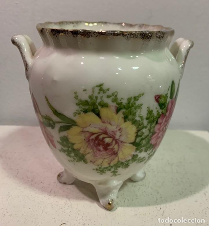 JARRÓN DE PORCELANA (Antigüedades - Porcelanas y Cerámicas - Inglesa, Bristol y Otros)