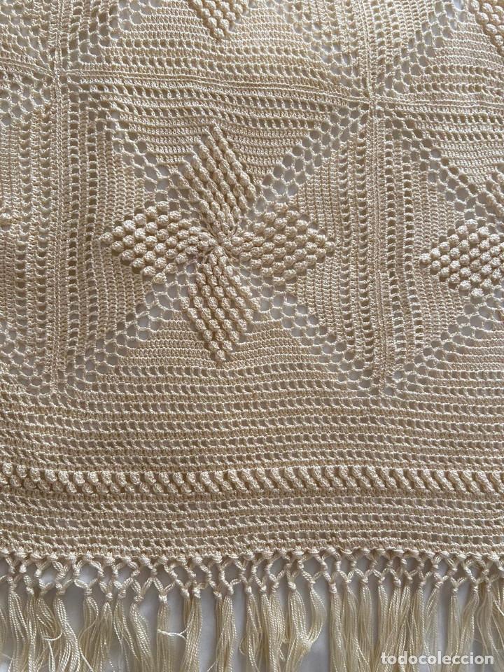 Antigüedades: Antiguo Mantel cuadrado. De ganchillo. - Foto 3 - 202893350