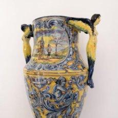 Antiquités: GRAN JARRÓN DE PIE COLUMNA TALAVERA POR JULIO MONTEMAYOR 1900. Lote 202998025