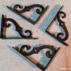 Antiquités: ESCUADRAS ESTANTE ANTIGUAS HIERRO FORJADO. Lote 203000130