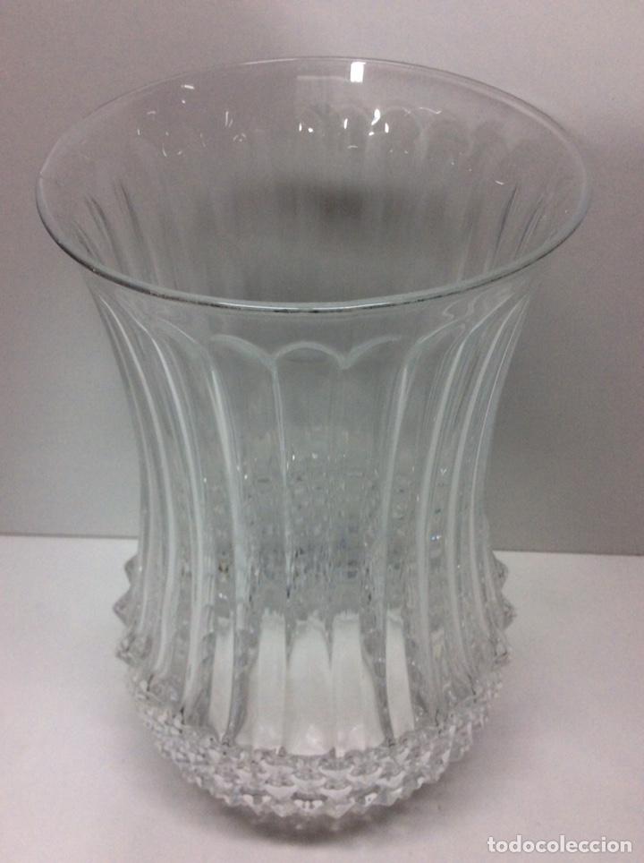 Antigüedades: Florero de cristal 25x14cm - Foto 3 - 203008123