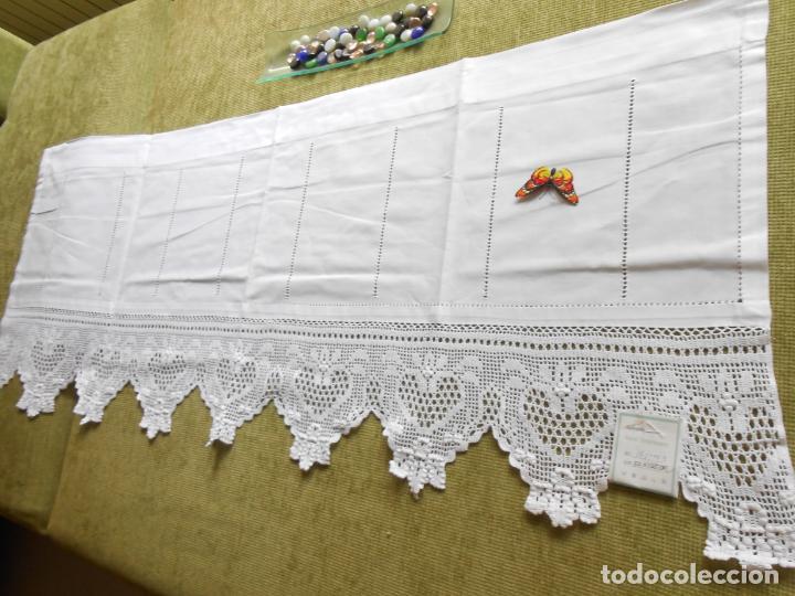 Antigüedades: Magnifico cortina antiqua.Ganchillo a mano. Blanco 50 x 125 cm.Nuevo - Foto 6 - 203049933
