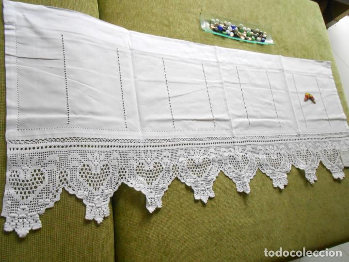 Antigüedades: Magnifico cortina antiqua.Ganchillo a mano. Blanco 50 x 125 cm.Nuevo - Foto 7 - 203049933