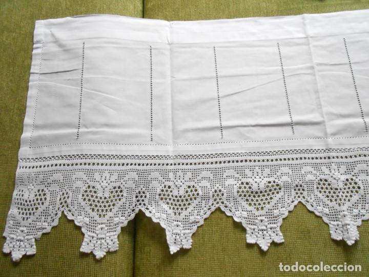 Antigüedades: Magnifico cortina antiqua.Ganchillo a mano. Blanco 50 x 125 cm.Nuevo - Foto 9 - 203049933