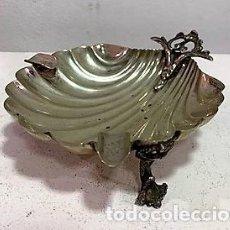 Antigüedades: CENICERO CON FORMA DE CONCHA DE PLATA. Lote 203072251