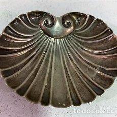 Antigüedades: PEQUEÑA CONCHA DE LPLATA.. Lote 203074261