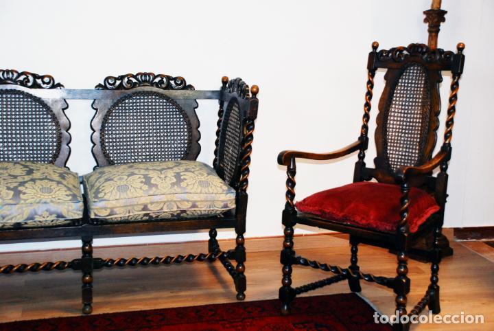 Antigüedades: Extraordinario conjunto de sillón con dos butacas a juego en madera de roble y rejilla de rattán. - Foto 6 - 203097511
