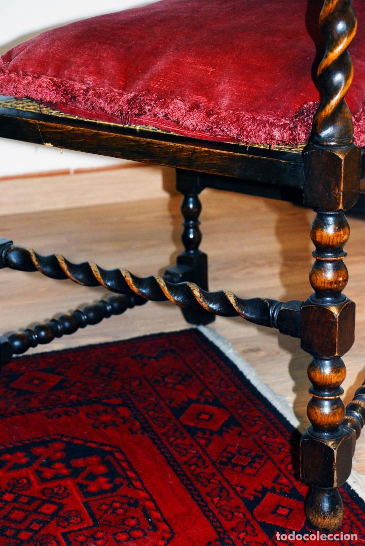 Antigüedades: Extraordinario conjunto de sillón con dos butacas a juego en madera de roble y rejilla de rattán. - Foto 19 - 203097511