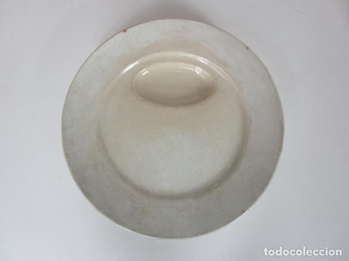 Antigüedades: Curioso Platos Antiguos - Sello Choisy le Roi - Porcelana Opaca - con Salsera Incluida - S. XIX - Foto 5 - 203172181
