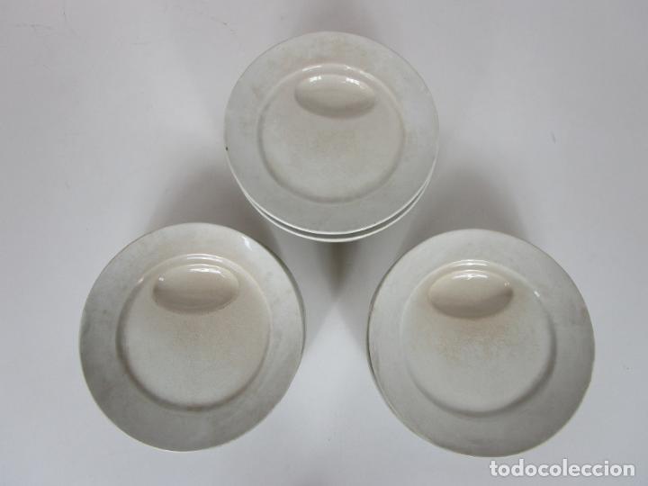 Antigüedades: Curioso Platos Antiguos - Sello Choisy le Roi - Porcelana Opaca - con Salsera Incluida - S. XIX - Foto 9 - 203172181