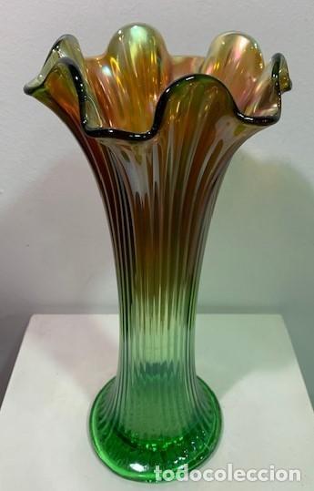 CARNIVAL GLASS, JARRÓN. (Antigüedades - Cristal y Vidrio - Inglés)