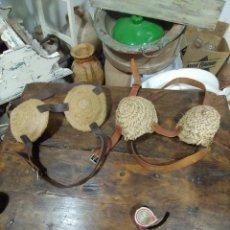 Antigüedades: ANTEOJERAS PARA BURRO O MULA SE LAS PONIAN PARA TIRAR DE LA NORIA. Lote 203222791