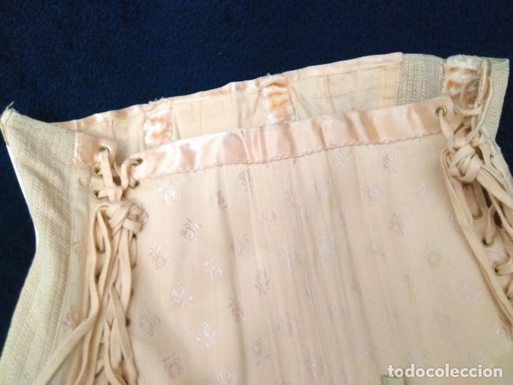 Antigüedades: Antigua faja de corsetería a medida sin uso algodón adamascado, raso, elástico, ballenas, ligueros - Foto 3 - 203298061