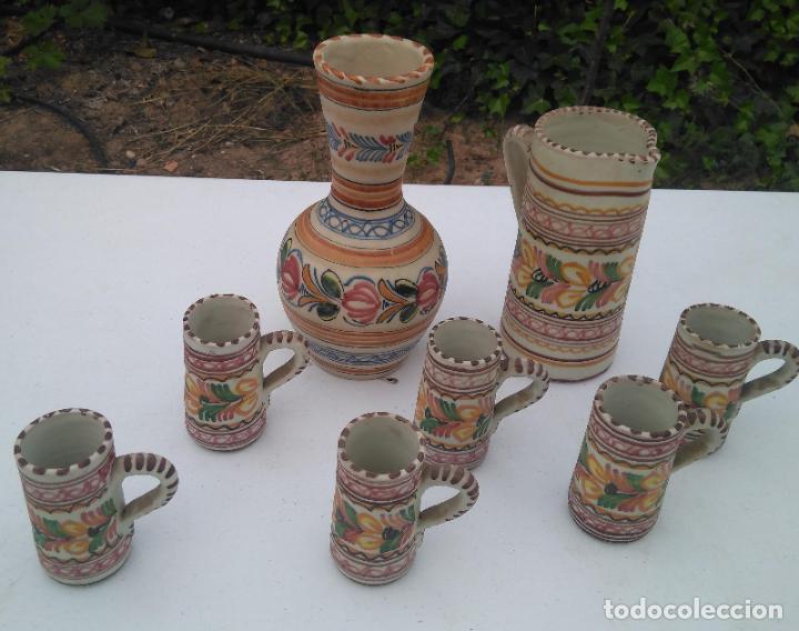 JUEGO DE BOTELLA, JARRA Y VASO, CERÁMICA ANTIGUA PUENTE DEL ARZOBISPO ------ZXY (Antigüedades - Porcelanas y Cerámicas - Puente del Arzobispo )