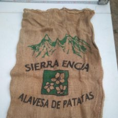 Antigüedades: SIERRA ENCIA - ALAVESA DE PATATAS (ALAVA) - PATATAS - ANTIGUO SACO DE ARPILLERA O YUTE - AÑOS 50/60. Lote 203303832