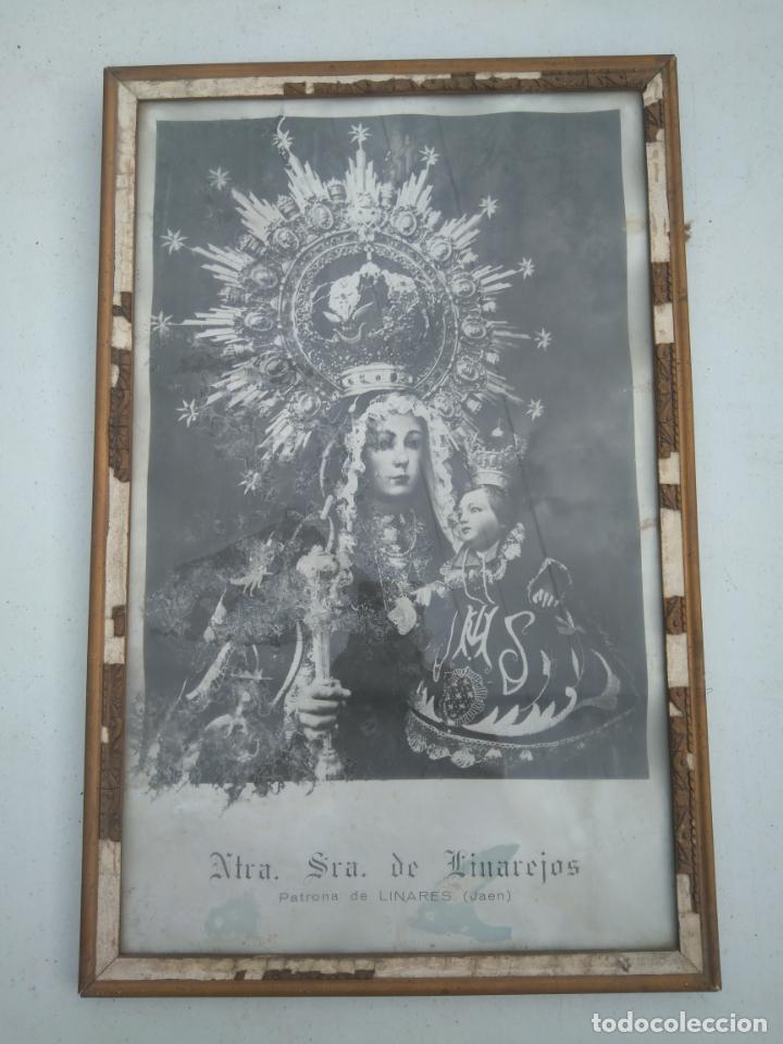 NUESTRA SEÑORA DE LINAREJOS - PATRONA DE LINARES (JAÉN) - ANTIGUA Y GRAN LITOGRAFÍA ENMARCADA (Antigüedades - Religiosas - Varios)