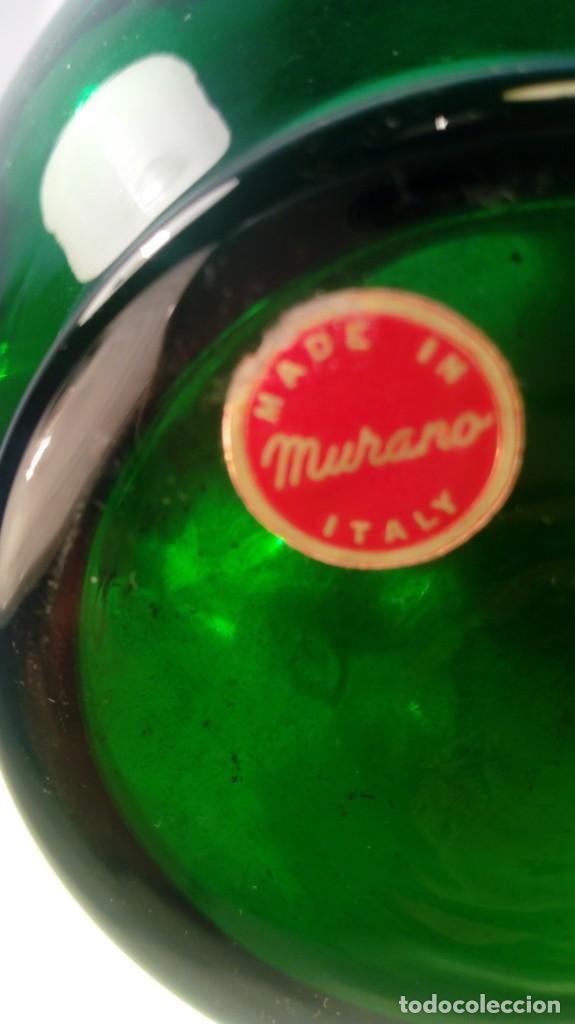 Antigüedades: JARRÓN EN CRISTAL DE MURANO. APLICACIONES FLORALES EN RELIEVE Y ORO FINO. ETIQUETA DE ORIGEN. - Foto 4 - 203330653