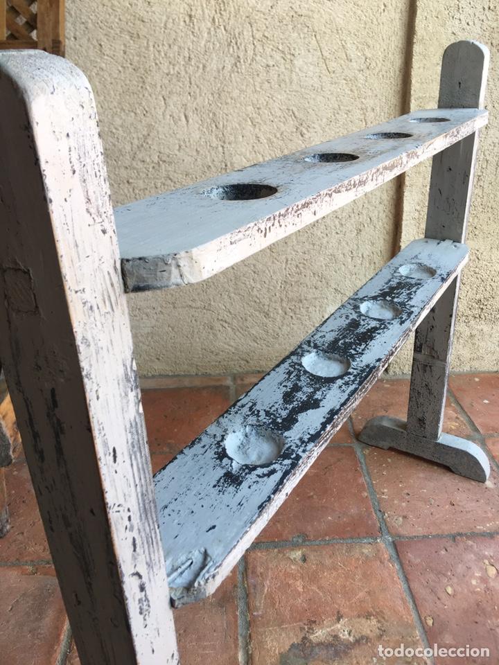 Antigüedades: Pareja de hacheros antiguos s. XIX de madera - Portacirios de iglesia - Portavelas - Vela, cirio - Foto 9 - 203334011