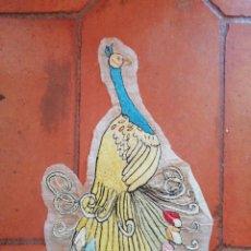 Antigüedades: BORDADO PAVO REAL. Lote 203351146