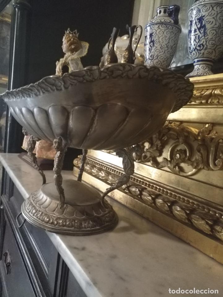 Antigüedades: METAL PLATEADO ANTIGUA JARDINERA ENSALADERA CENTRO DE MESA LABRADA IDEAL FLORES VIRGEN SEMANA SANTA - Foto 12 - 203506203