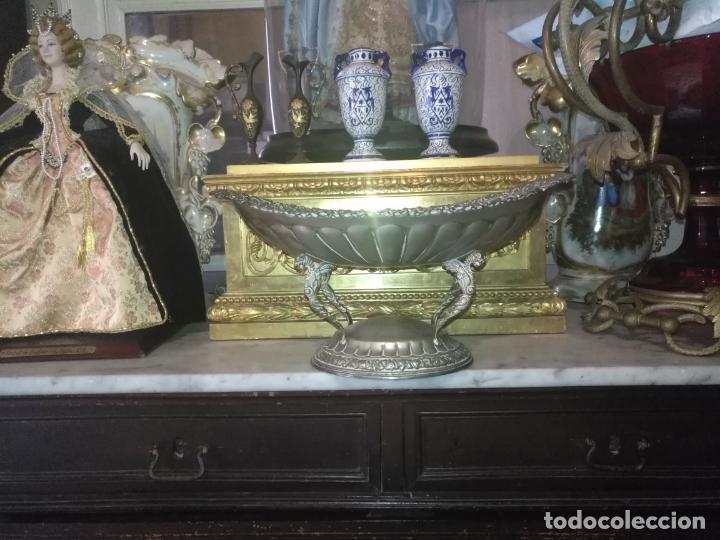 Antigüedades: METAL PLATEADO ANTIGUA JARDINERA ENSALADERA CENTRO DE MESA LABRADA IDEAL FLORES VIRGEN SEMANA SANTA - Foto 15 - 203506203