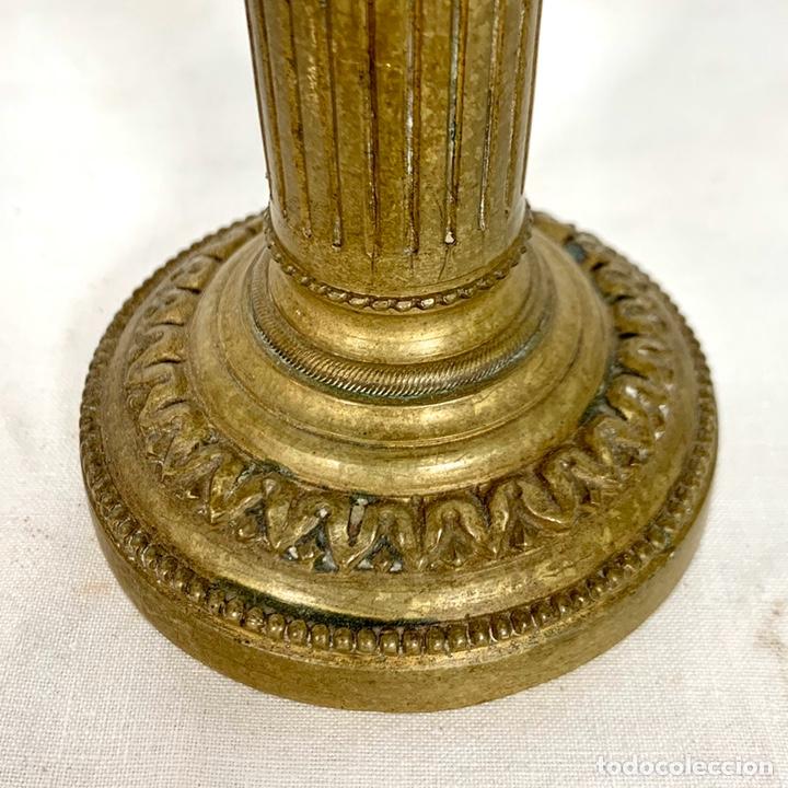Antigüedades: Pequeño candelabro en bronce estilo Imperio - siglo XIX - Foto 2 - 203617383