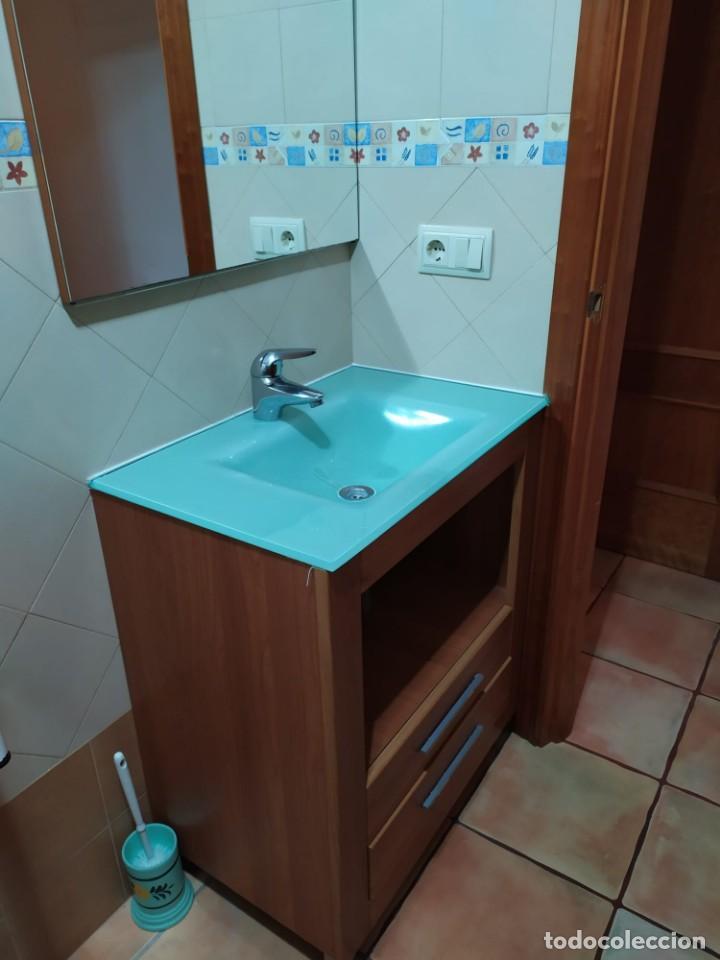 Antigüedades: Mueble baño con lavabo incluido + armario secundario - Foto 3 - 203660453