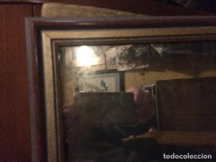 Antigüedades: Espejo antiguo enmarcado. Luna de cloruro de plata. Circa 1890. 35x43 cms. aprox. con marco. - Foto 2 - 203636320