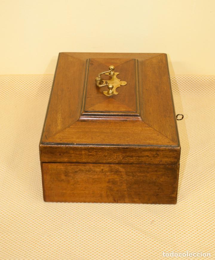 Antigüedades: BONITA CAJA DE CAOBA CON DEPARTAMENTOS - Foto 5 - 203865648