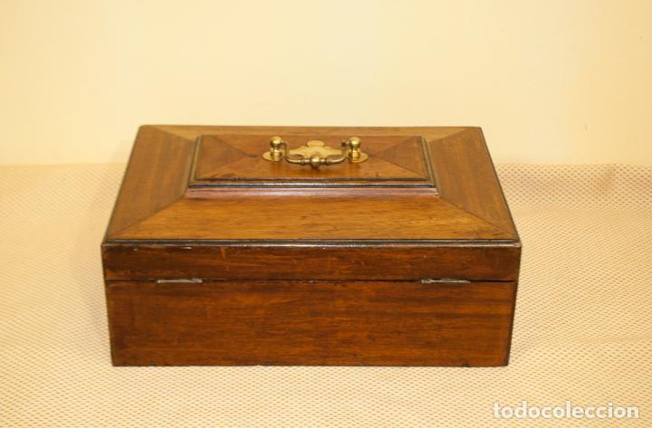 Antigüedades: BONITA CAJA DE CAOBA CON DEPARTAMENTOS - Foto 6 - 203865648