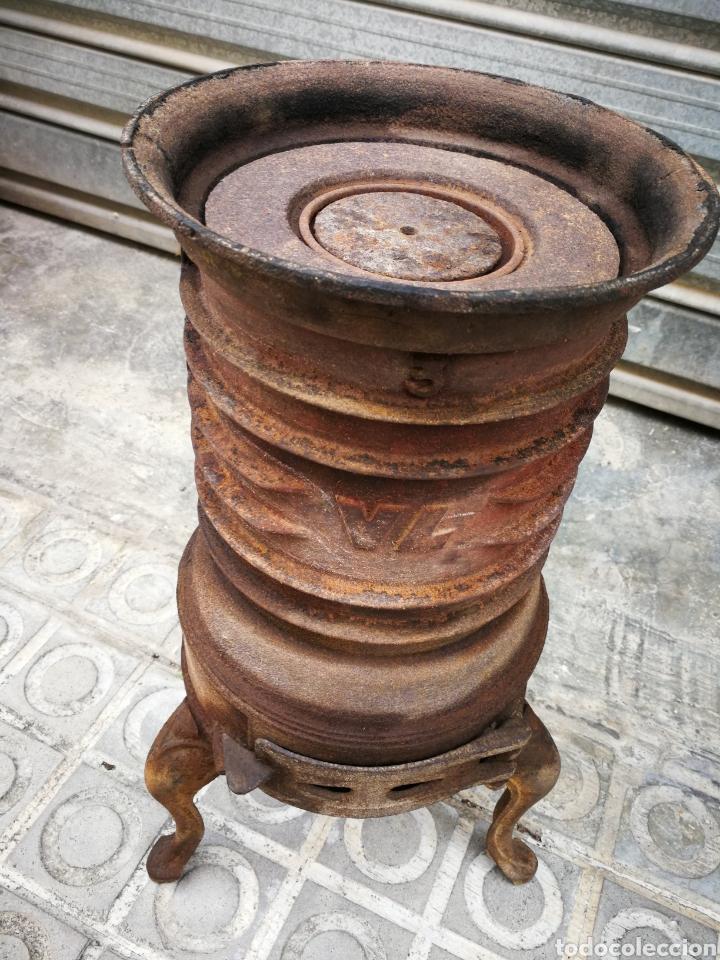 Antigüedades: PRECIOSA ESTUFA DE HIERRO FUNDIDO VL N°3, 50CM.(22CM DIÁMETRO) COMPLETA!. - Foto 3 - 203882455