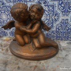 Antigüedades: ANGELES EN ESTUCO HUECO DE BUENA FACTURA. Lote 203885635