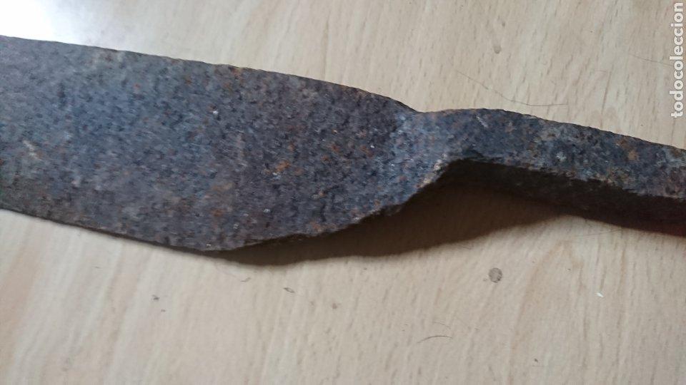 Antigüedades: Antiguo machete, de hierro, ver fotos - Foto 4 - 203908762