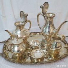 Antigüedades: SERVICIO DE CAFÉ COMPLETO Y BANDEJA EN PLATA DE LEY. Lote 203912306