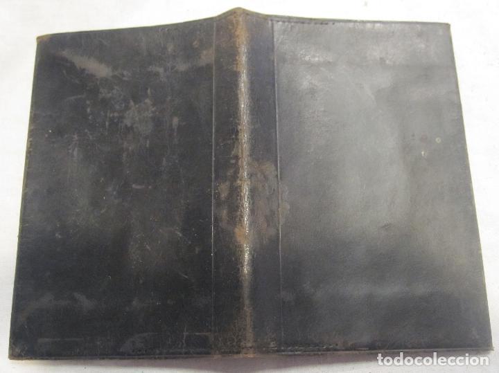 Antigüedades: CARTERA MODERNISTA. HACIA 1900. PIEL CON BORDADOS FLORALES. CERRADA 12 X 8 CM - Foto 8 - 203929397