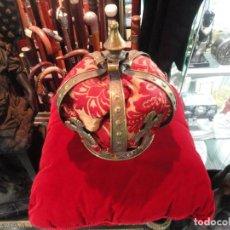 Antigüedades: GRAN CORONA DE LATON. Lote 203960570