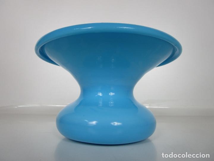 Antigüedades: Escupidera - Cristal La Granja - Opalina Azul - S. XIX - Foto 8 - 203969695