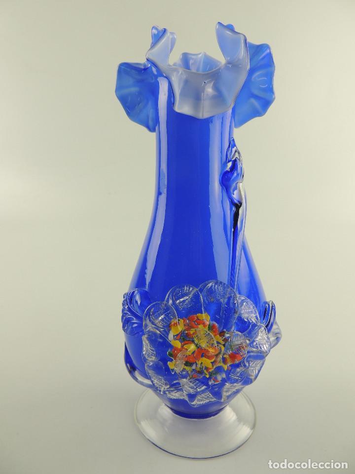 MAGNIFICO FLORERO DE CRISTAL DE MURANO COLOR AZUL PRECIOSA PIEZA (Antigüedades - Cristal y Vidrio - Murano)