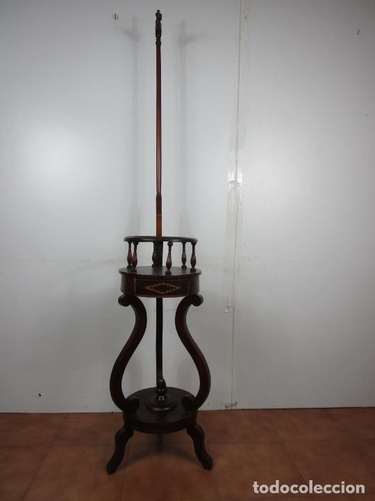 Antigüedades: Decorativo Mueble de Lavabo, Isabelino - Toallero en Madera de Caoba y Marquetería - S. XIX - Foto 2 - 231430090