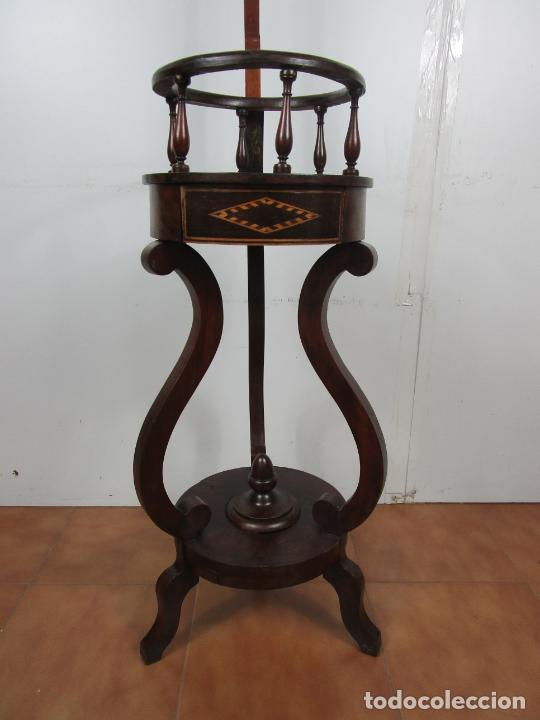 Antigüedades: Decorativo Mueble de Lavabo, Isabelino - Toallero en Madera de Caoba y Marquetería - S. XIX - Foto 3 - 231430090