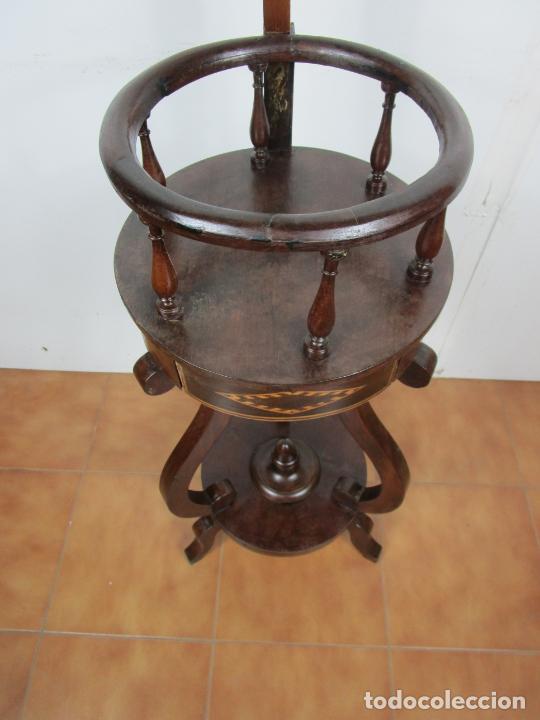Antigüedades: Decorativo Mueble de Lavabo, Isabelino - Toallero en Madera de Caoba y Marquetería - S. XIX - Foto 12 - 231430090