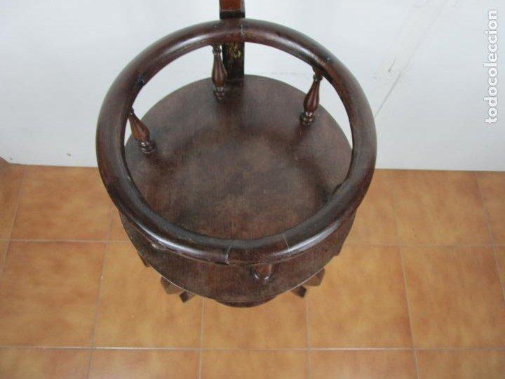 Antigüedades: Decorativo Mueble de Lavabo, Isabelino - Toallero en Madera de Caoba y Marquetería - S. XIX - Foto 13 - 231430090