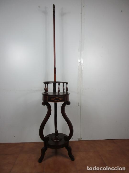 DECORATIVO MUEBLE DE LAVABO, ISABELINO - TOALLERO EN MADERA DE CAOBA Y MARQUETERÍA - S. XIX (Antigüedades - Muebles Antiguos - Auxiliares Antiguos)