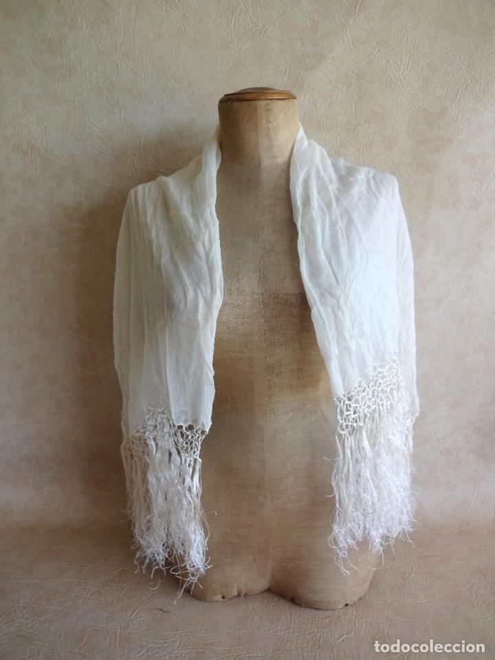 Antigüedades: antiguo manton de seda color blanco - Foto 3 - 203991342