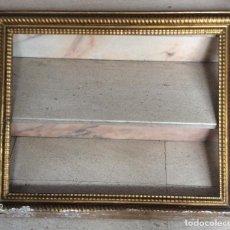 Antigüedades: ANTIGUO MARCO EN MADERA DORADA. Lote 204007151